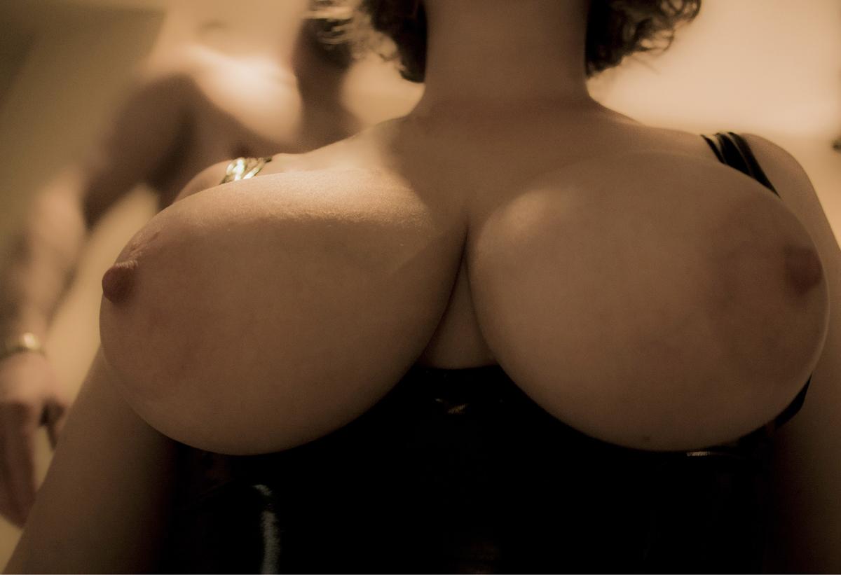 """""""Vue improbable"""" une photo de la Collection """"Censored"""" by Les Chevaliers Photographes"""