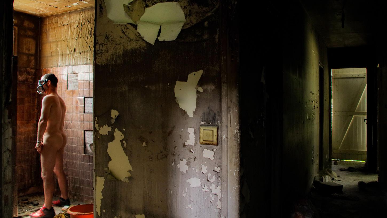 """Couloir brulé, une photo de la collection """"Kataclysm_e ou les effets du cataclysme climatique"""" par Les Chevaliers Photographes."""